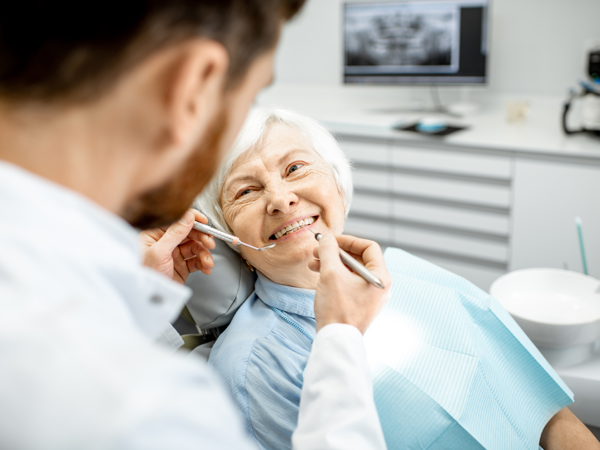 What Is the Right Choice for You — Dental Implants or Dentures?