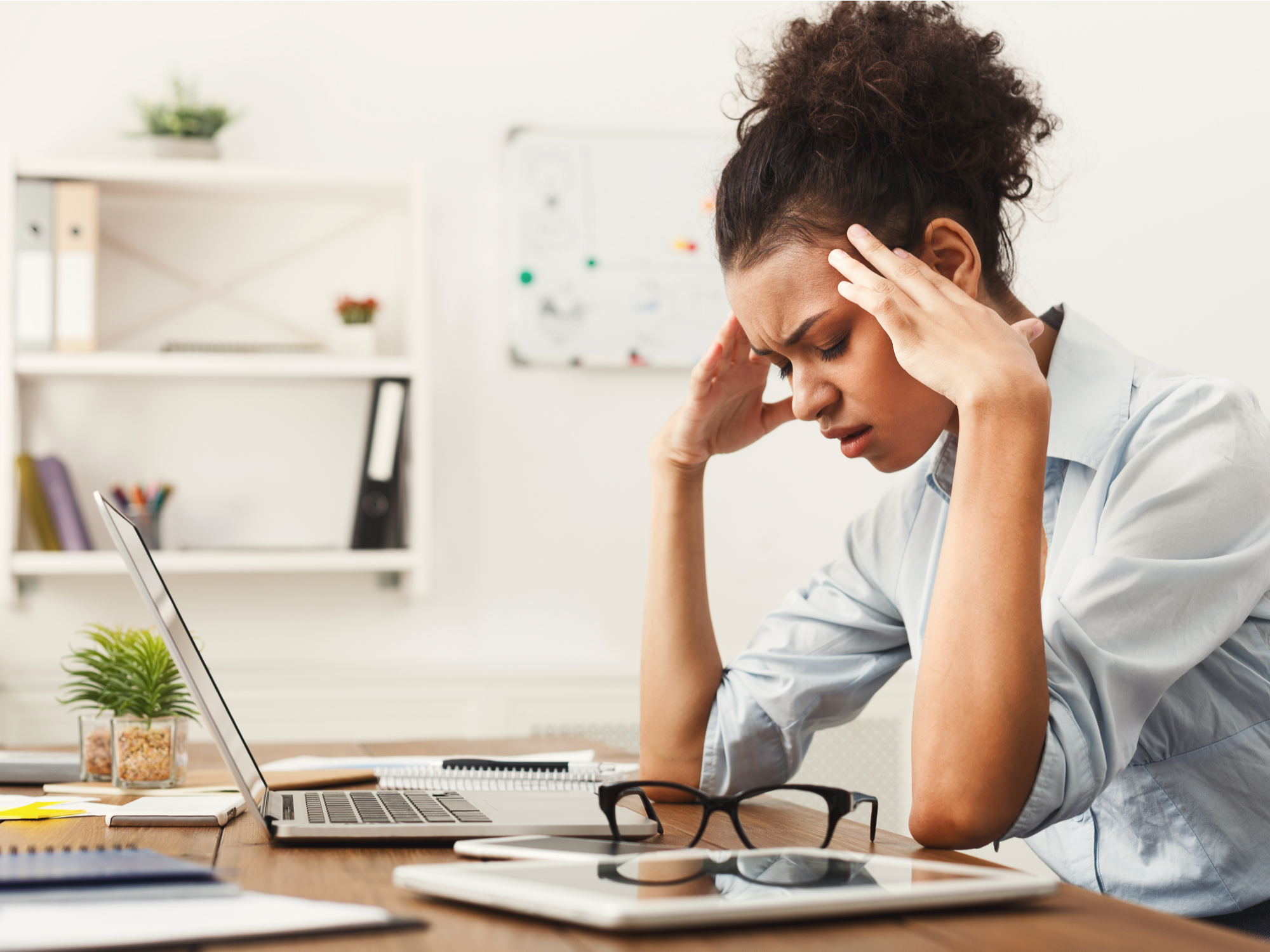 How Chiropractic Care Helps with Headaches and Migraines