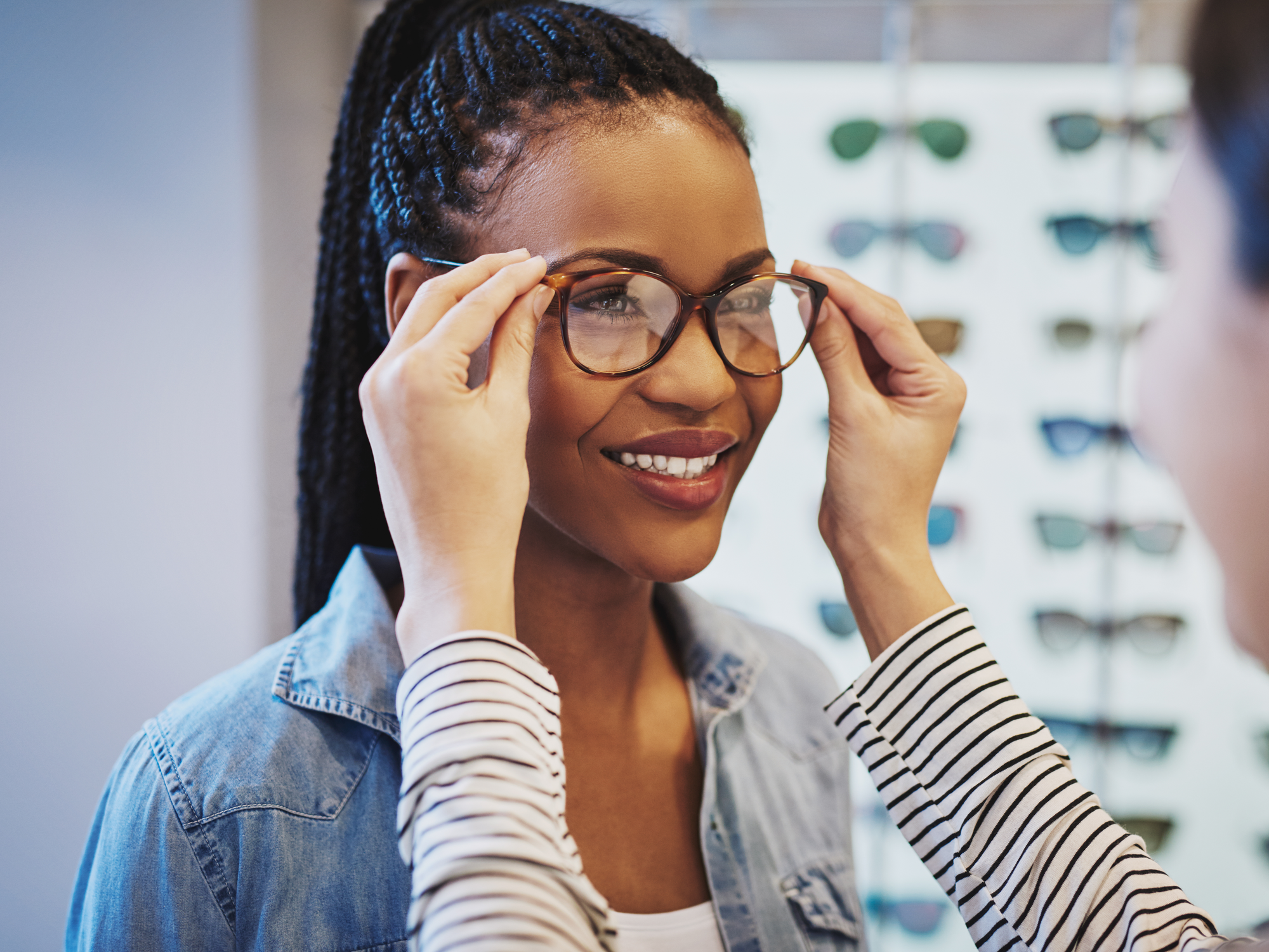 What to Look for When Choosing Prescription Glasses