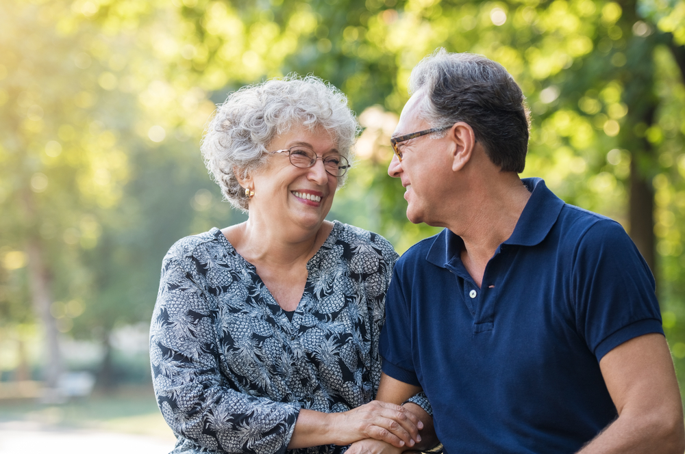 Signs of Macular Degeneration & Treatment Options