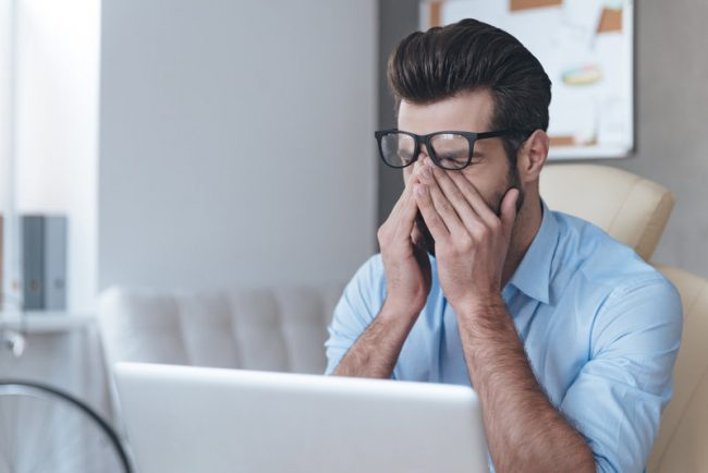 How to Avoid Eye Strain in a Digital World
