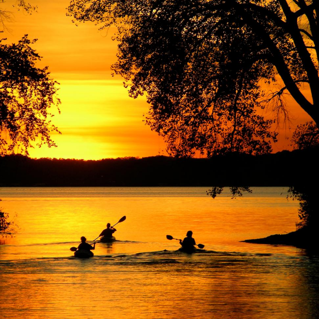 Why you should experience Sunset Kayaking after the pandemic