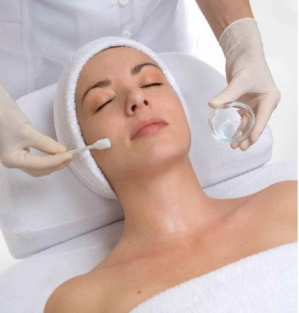 Chemical Peels at Changes Plastic Surgery & Spa