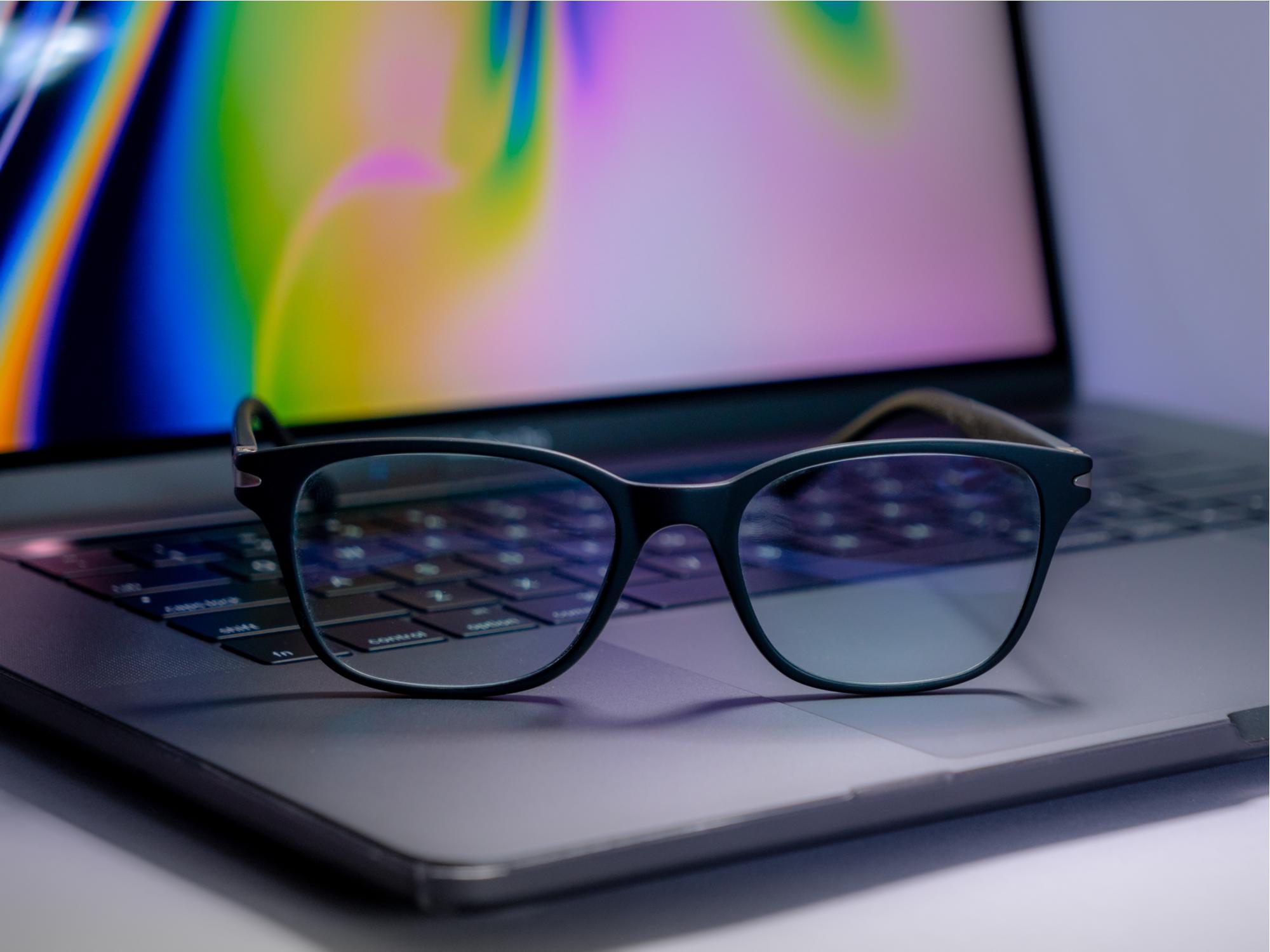 Importance of Blue Light Lenses for Digital Screen Protection