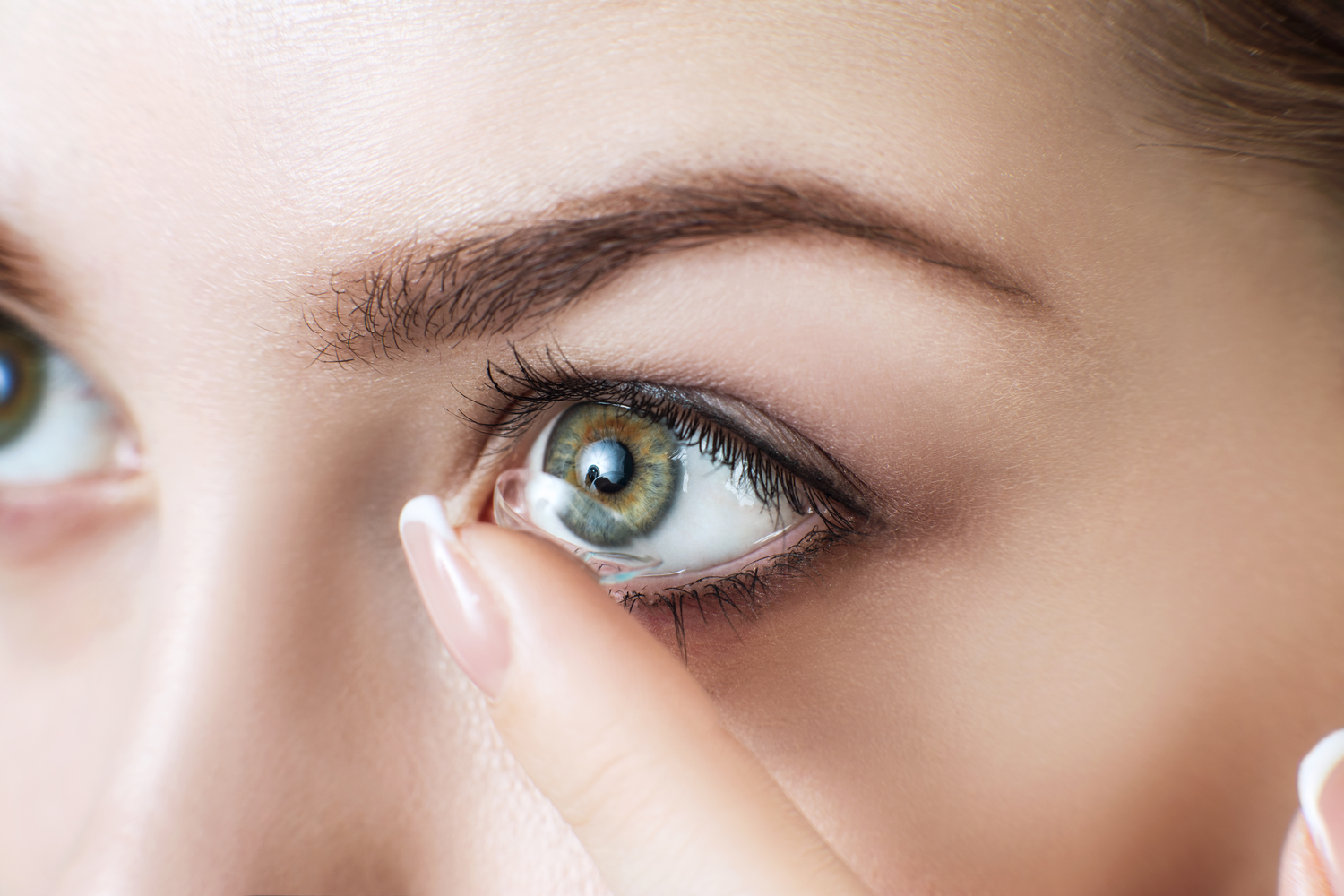 What to Expect at Contact Lens Fittings