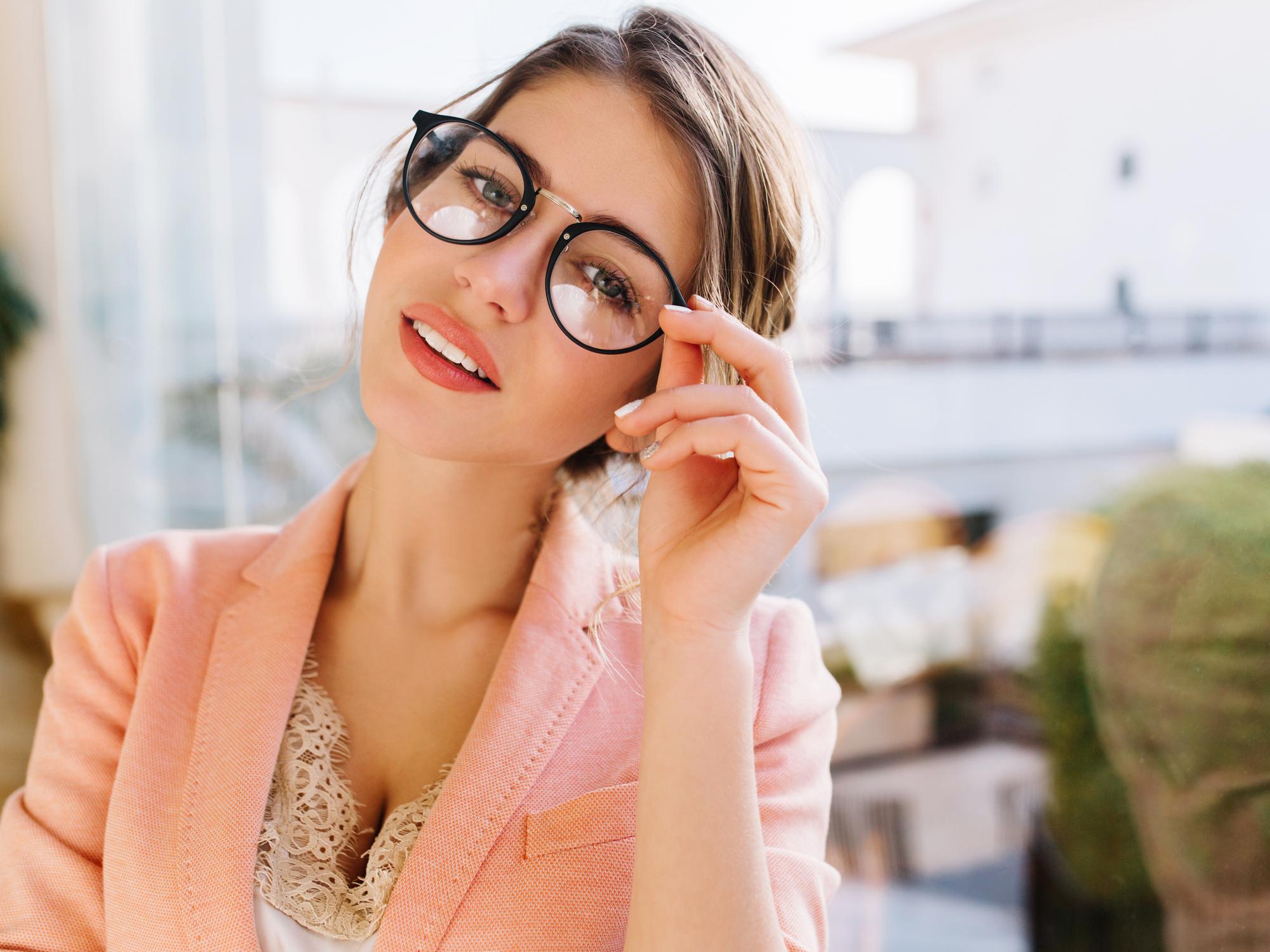 Latest Eyewear Trends 2021