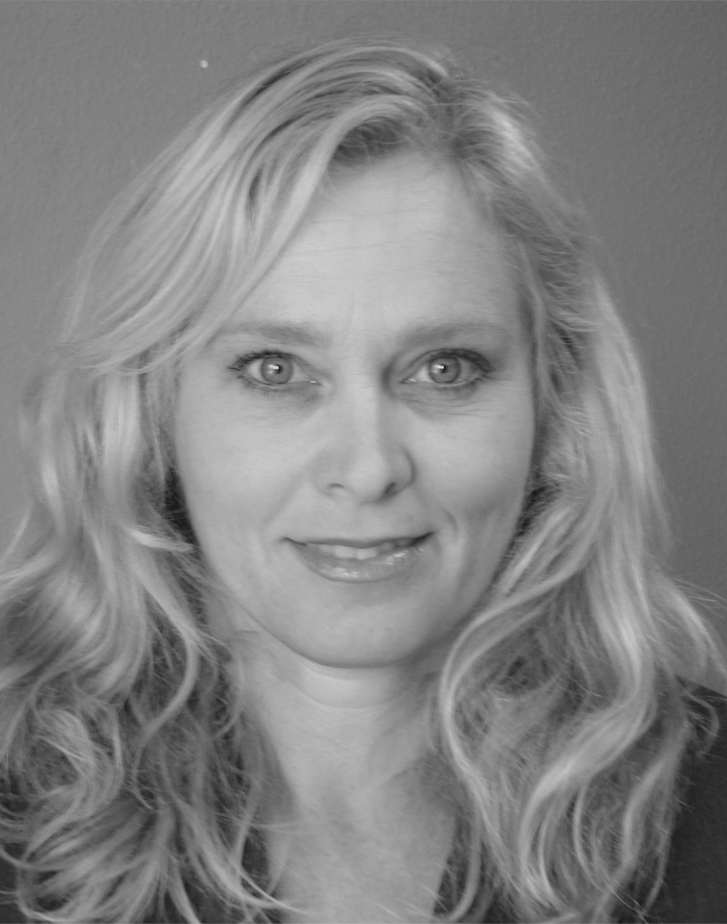 Nicole van Dobben