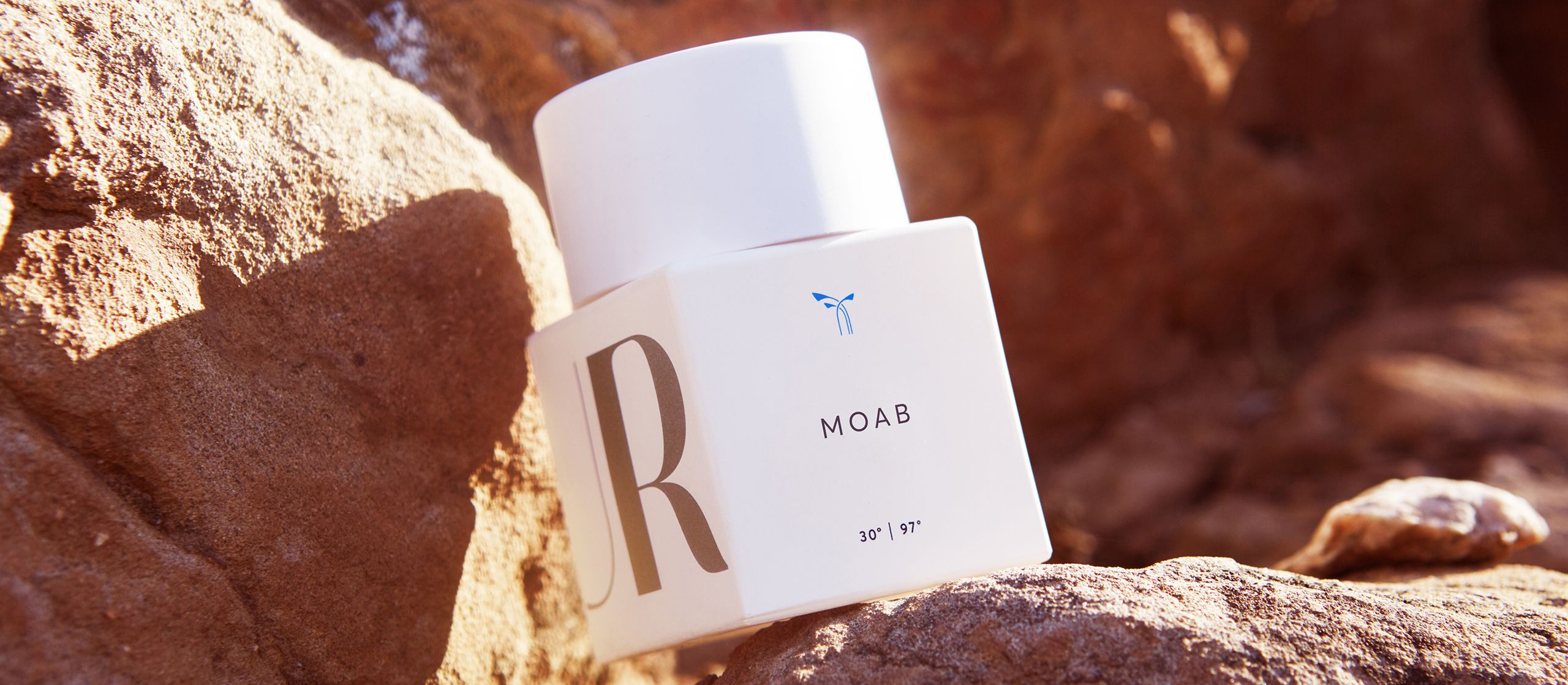 Moab - Its arid spice seduces like the vastness of the West, emanating an invigorating dry heat. #PHLUR