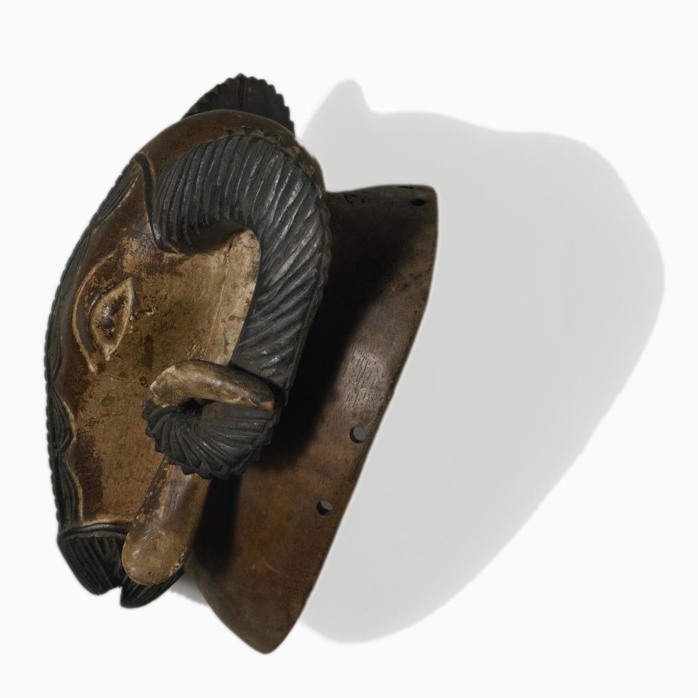 Baoul 233 Ram Mask