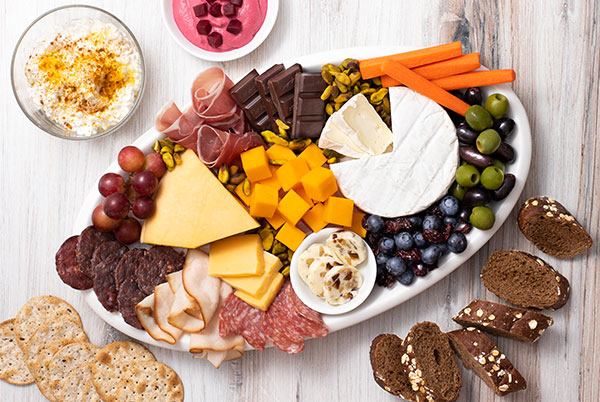 PERFORMANCE & RECOVERY IN THE KITCHEN – A FUNCTIONAL CHEESE BOARD FOR ALL OCCASIONS