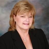 Lindsey Acton is a licensed real estate agent in Fullerton CA