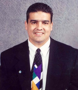 Nino Fragoso, Jr. is a licensed real estate agent in Cerritos CA