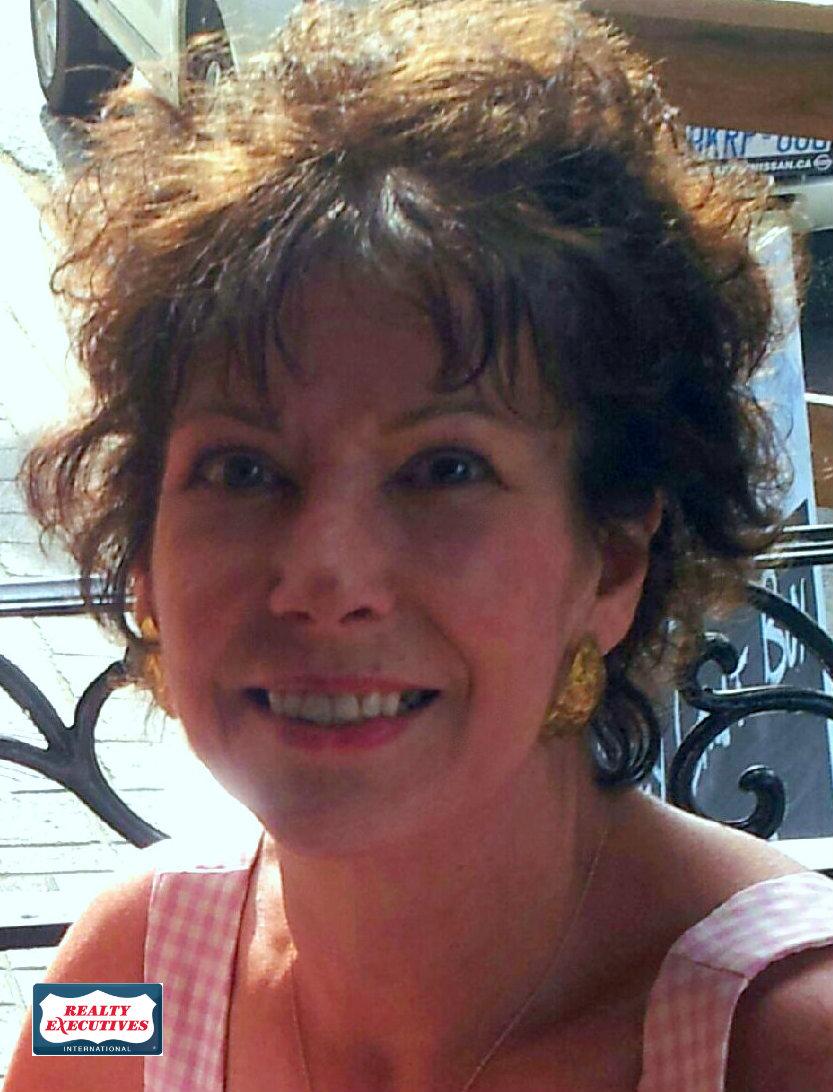 Victoria Kenneger, Sales Representative