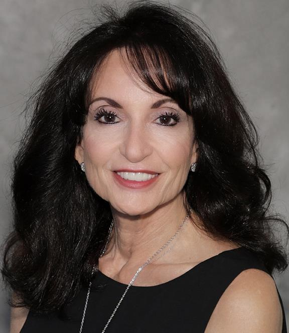 Toni  A. Perelli is a licensed real estate agent in Scottsdale AZ