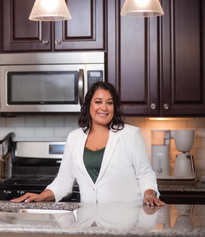 Lissa Navarro