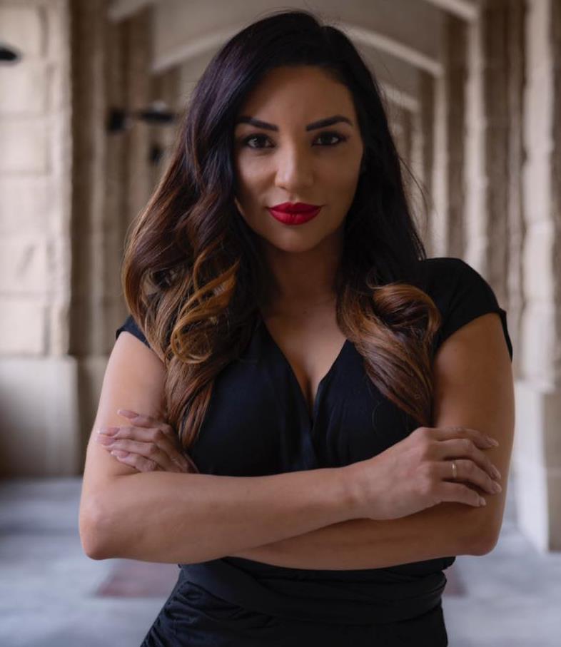 Sandee Hernandez