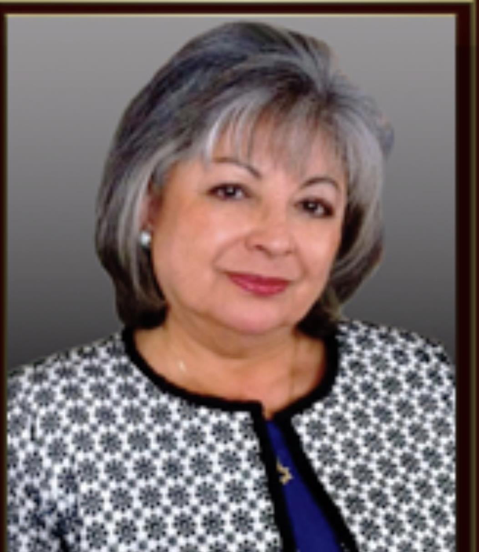 Elizabeth Villalobos