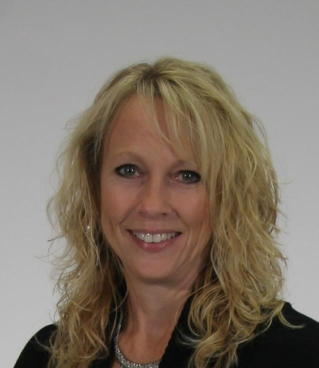 Kim  Reed is a licensed real estate agent in Peoria Heights IL