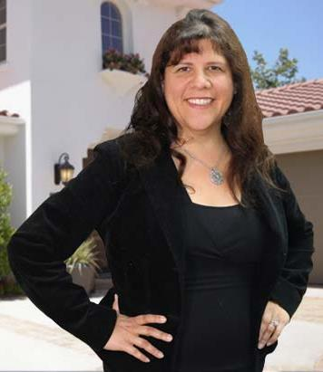 Debbie Ragonig is a licensed real estate agent in Santa Clarita CA