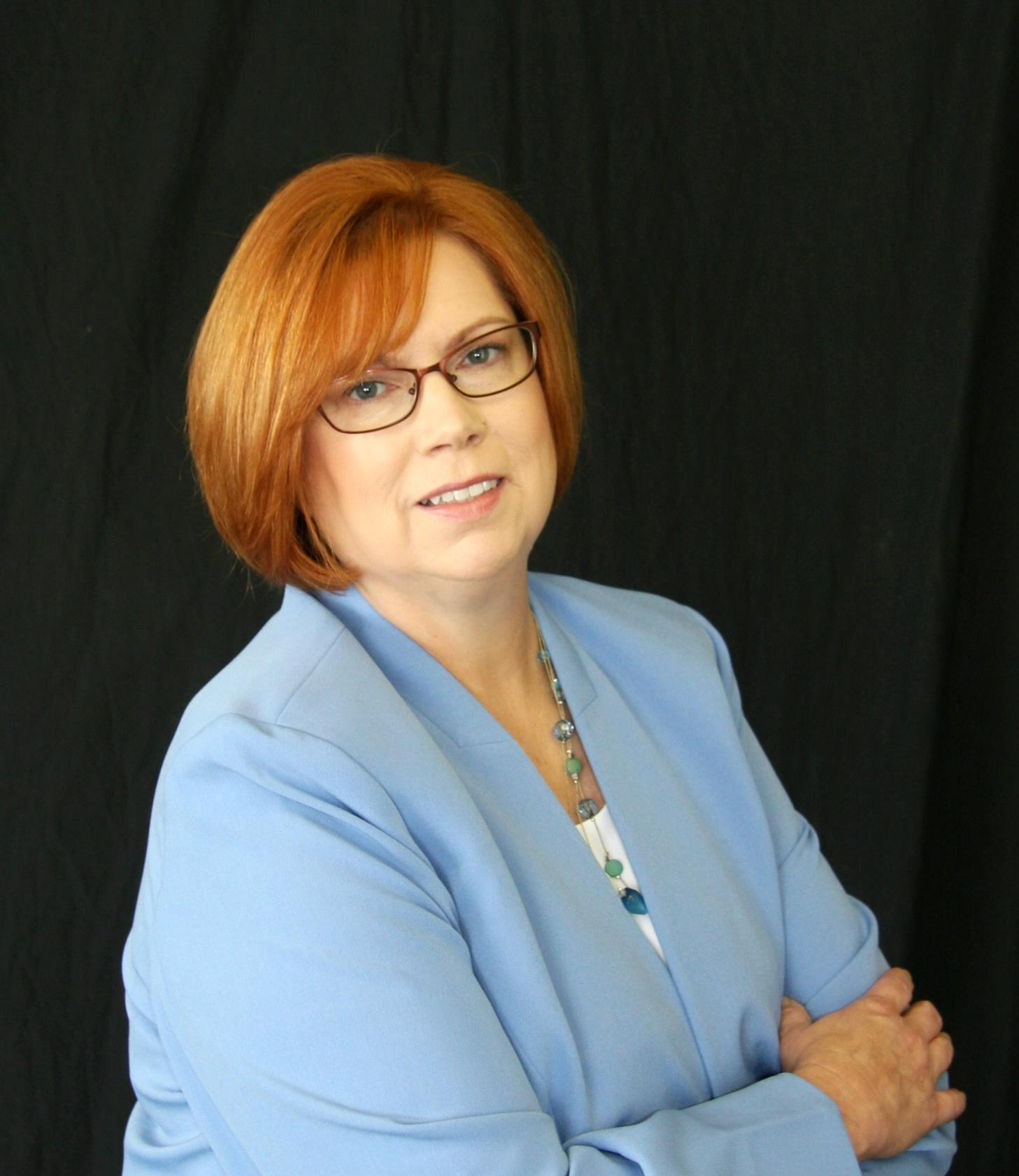 Barbara Garrett is a licensed real estate agent in Festus MO