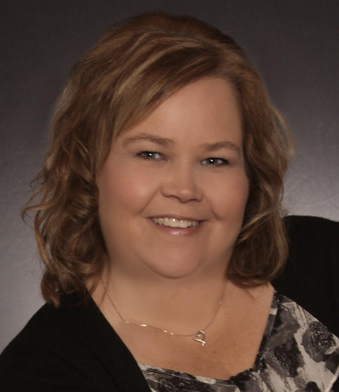 Amanda Amanda is a licensed real estate agent in Festus MO