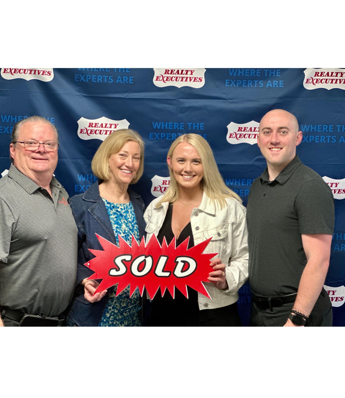 Tom and Nancy Gordon