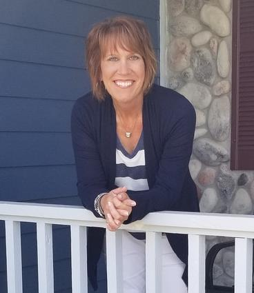 Peggy Peggy is a licensed real estate agent in Cedarburg WI