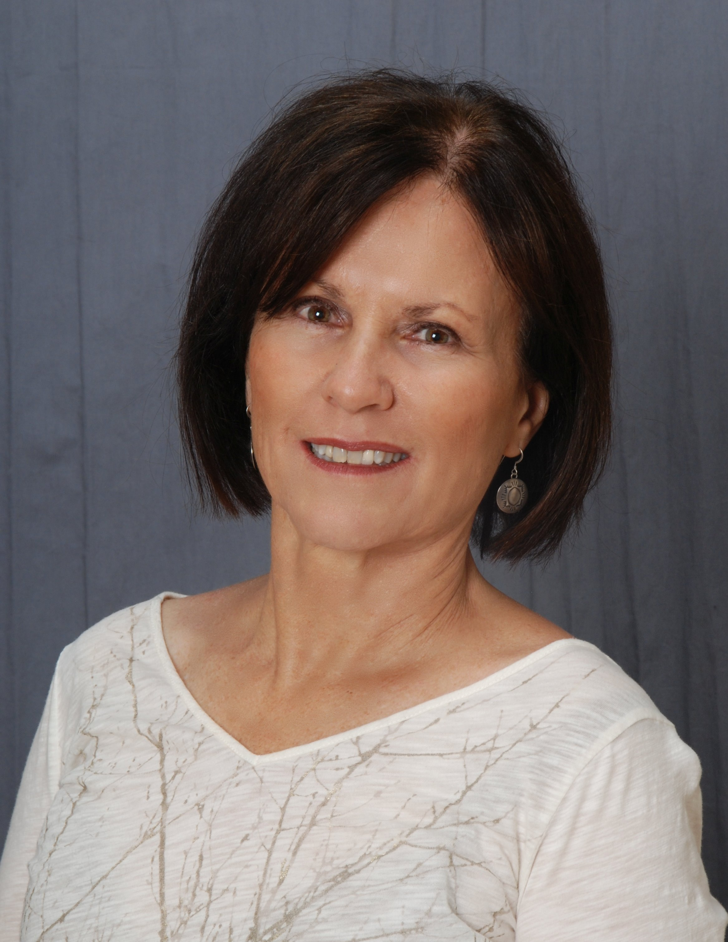 Sue Sue is a licensed real estate agent in Tucson AZ