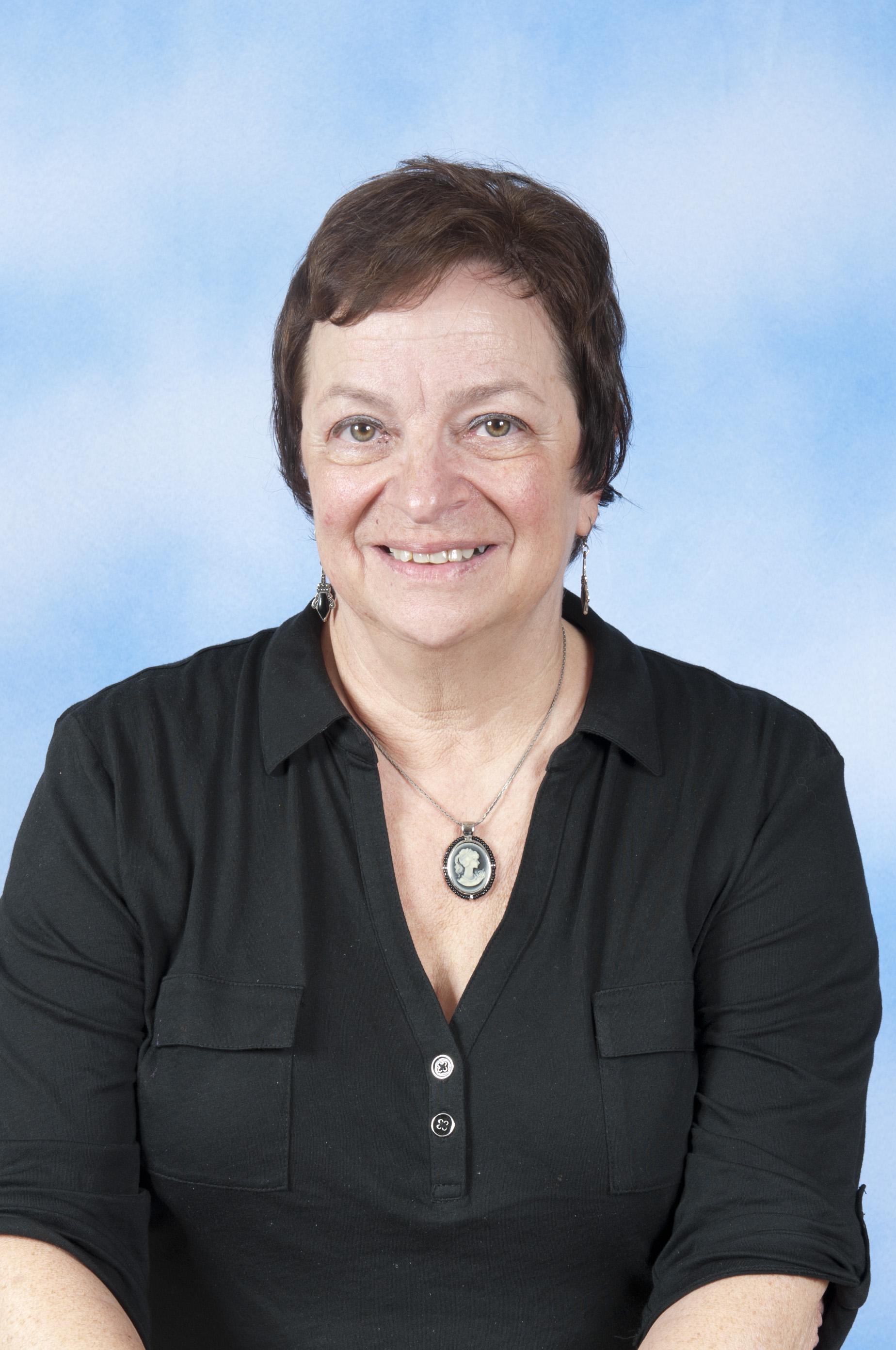 Loretta Winnie