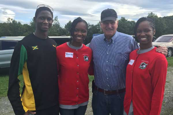 Shanika and Sherika with Franklin Graham