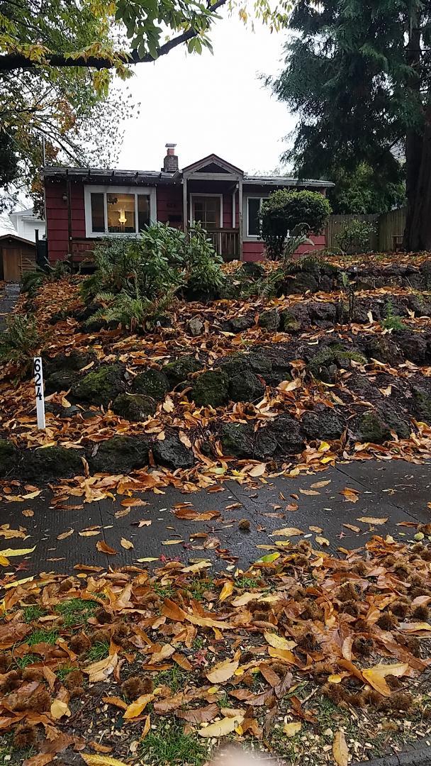 Portland, OR - Free estimate for James Hardie fiber cement lap siding to replace original cedar shake siding
