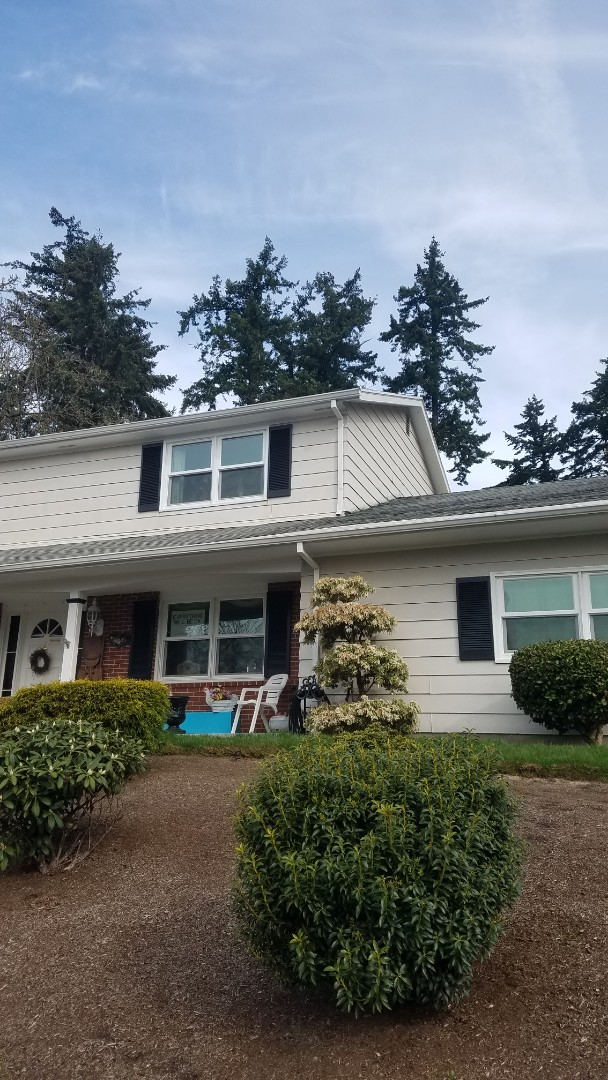 Portland, OR - Free estimate for a GAF Designer shingle roof system replacement with upgraded ventilation and warranty