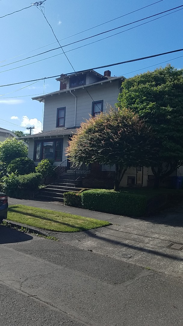 Portland, OR - Free estimate for a GAF Timberline HDZ roof system replacement