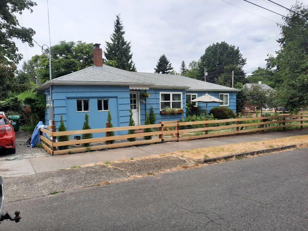 Portland, OR - Free estimate for a new GAF Timberline HDZ roof shingle