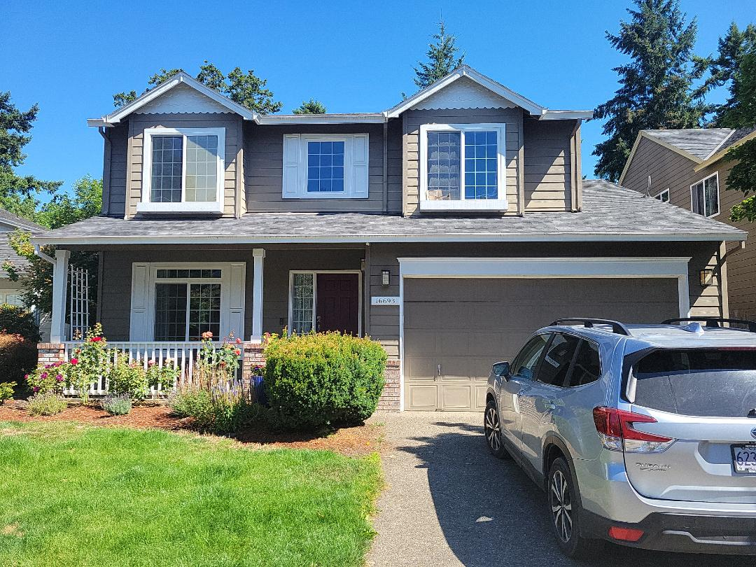 Portland, OR - Free estimate for a GAF Timberline HDZ roof system replacement and James Hardie fiber cement siding replacement