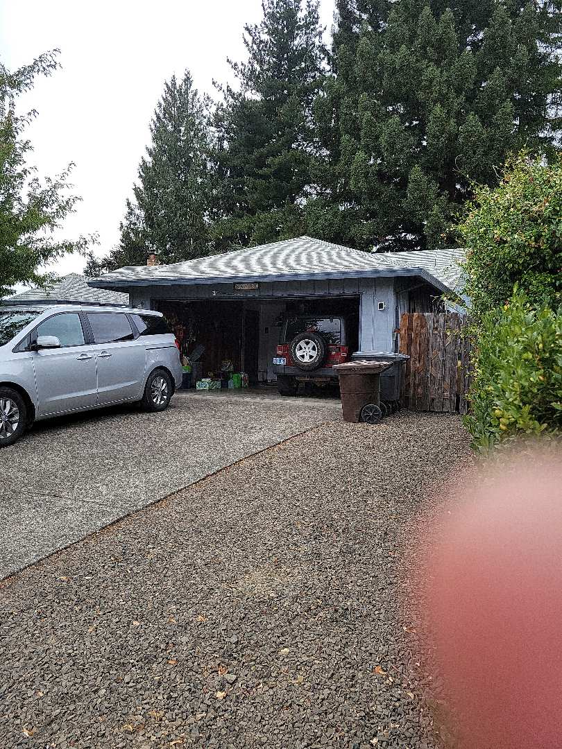 Hillsboro, OR - Free estimate for a GAF Timberline HDZ roof system replacement