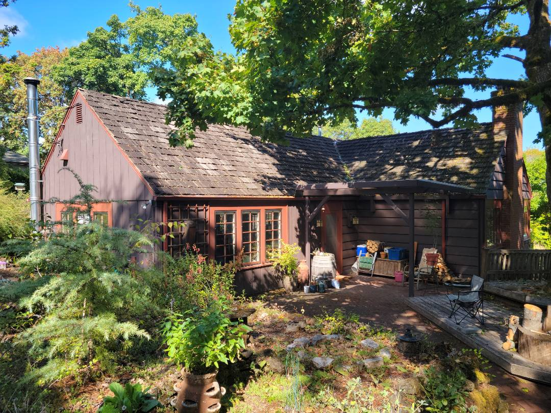 Lake Oswego, OR - Free estimate for a GAF Timberline HDZ roof system replacement