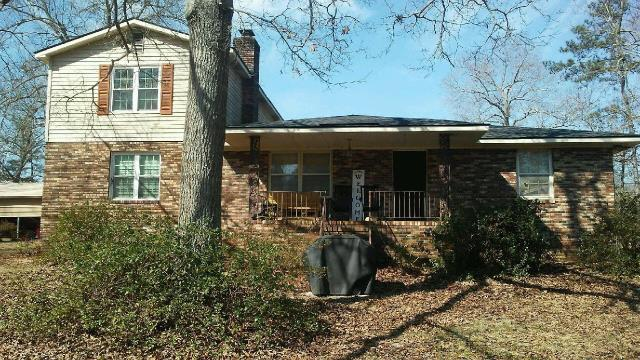 Hephzibah, GA - Look at this new roof the guys have installed on this home! Color is GAF Charcoal 3-Tabs.
