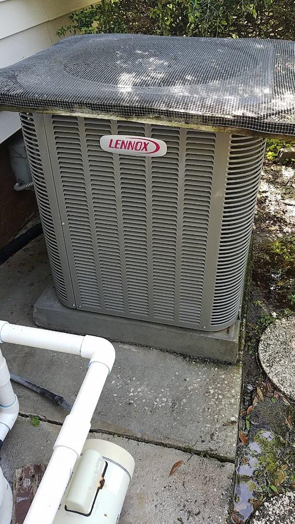 Satsuma, FL - Tune up Lennox heat pump system