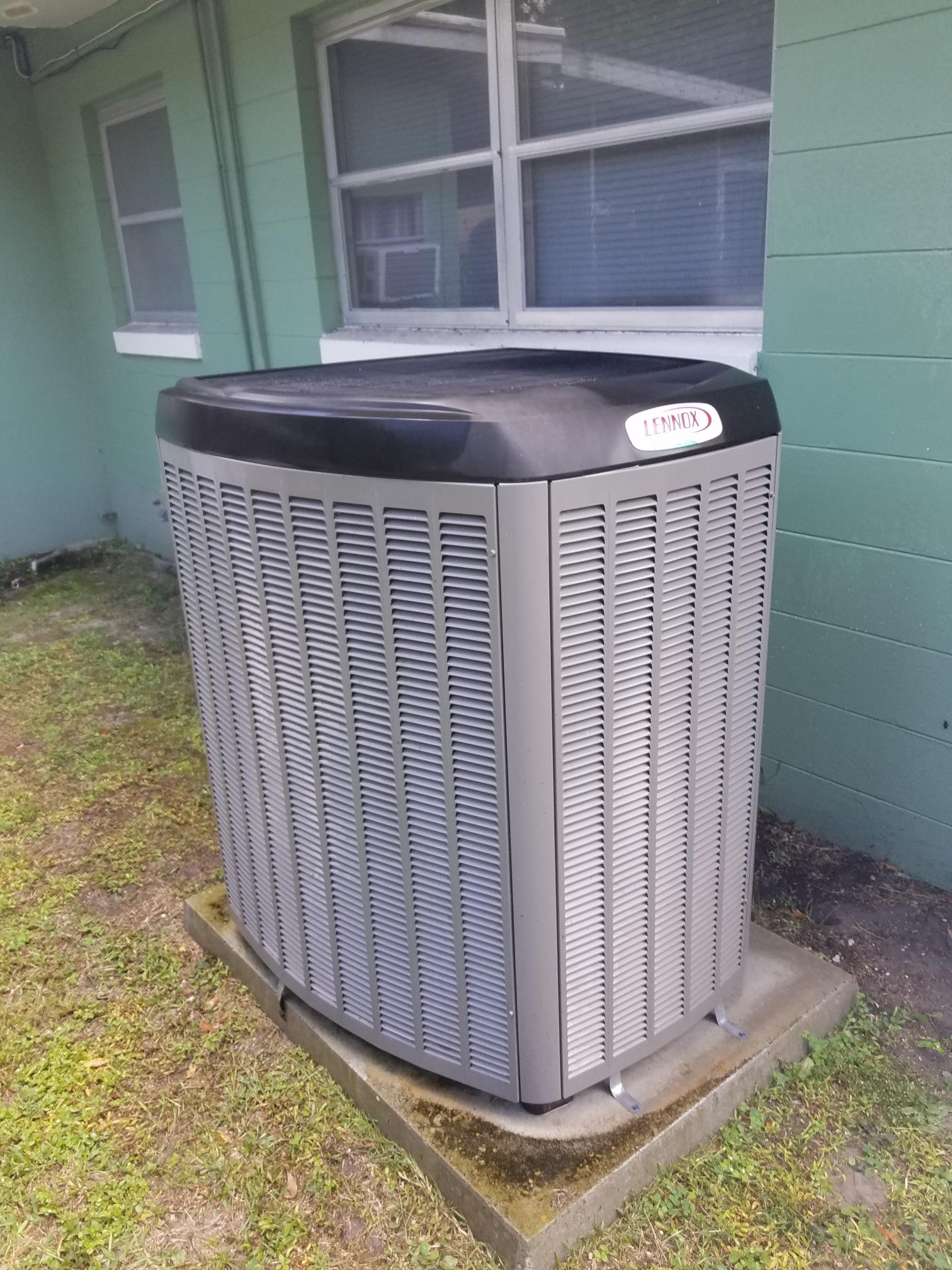 Palatka, FL - Maintenance on Lennox
