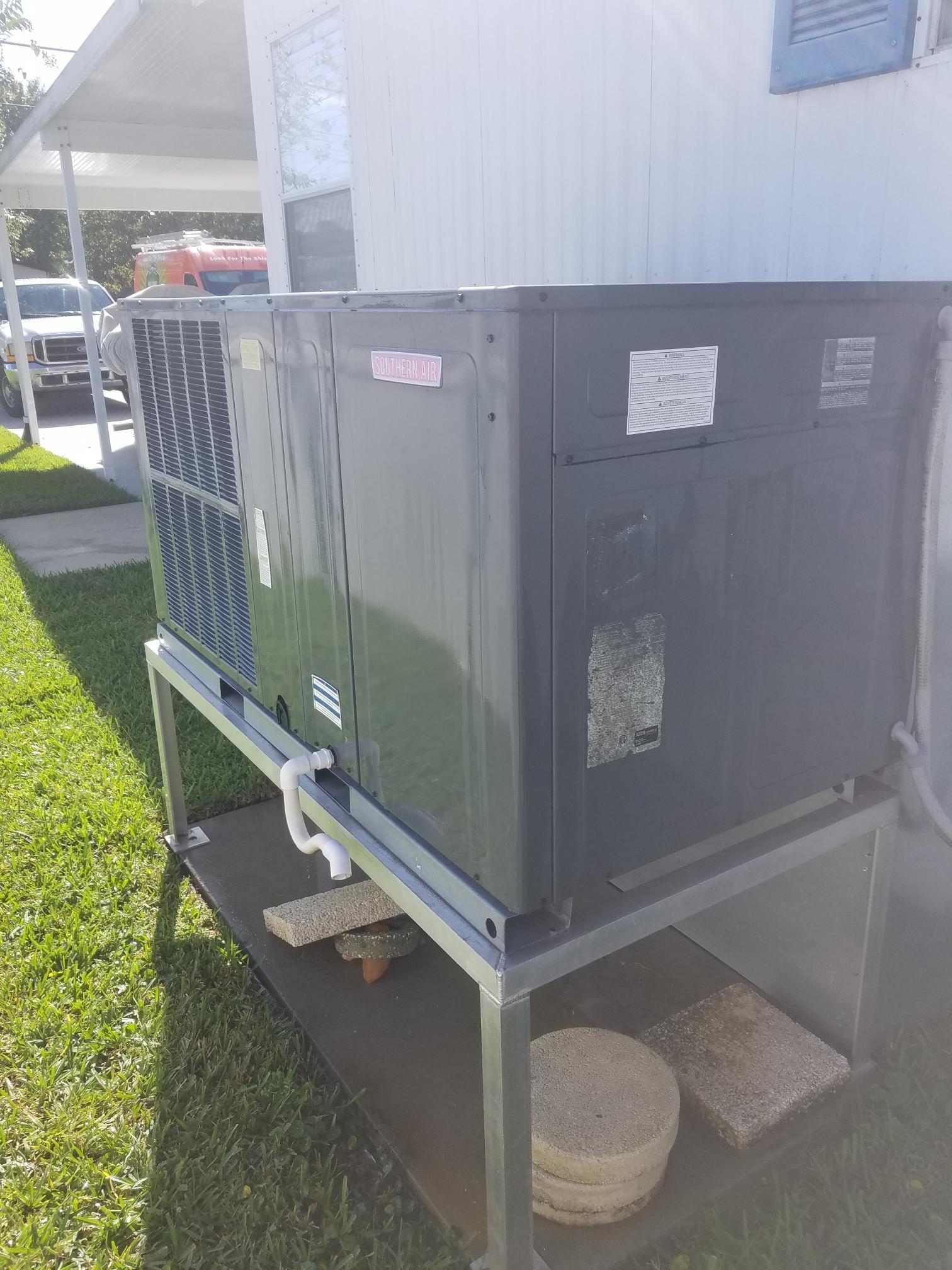 Welaka, FL - Maintenance on Amana