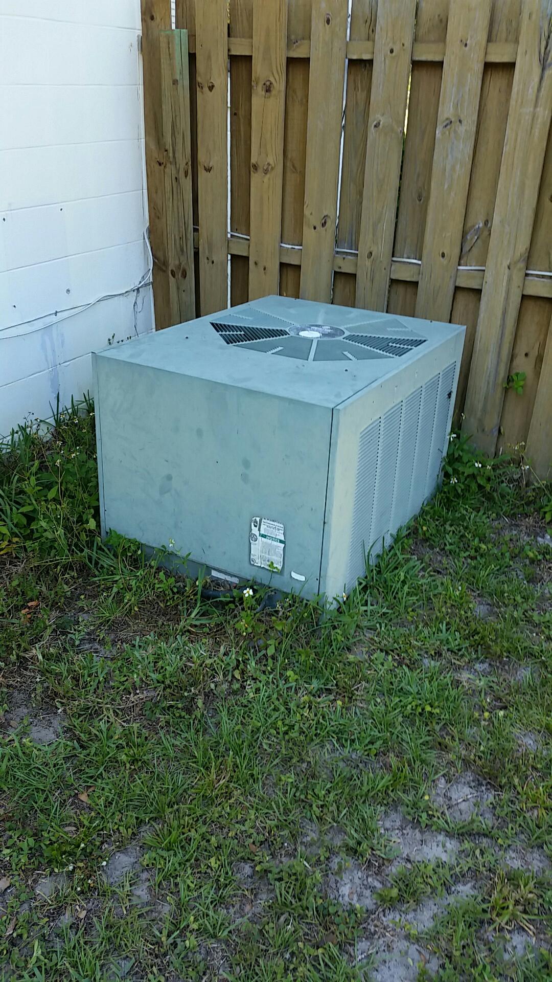 San Mateo, FL - Service on Rheem heat pump