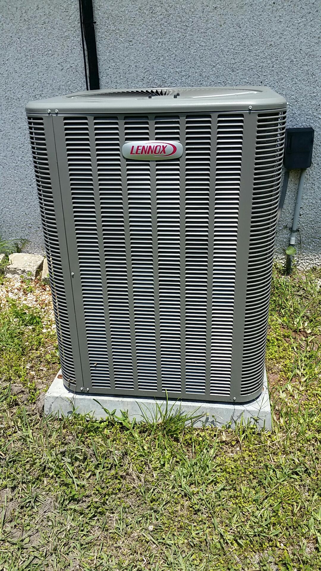 Hastings, FL - Service call on Lennox split heat pump system