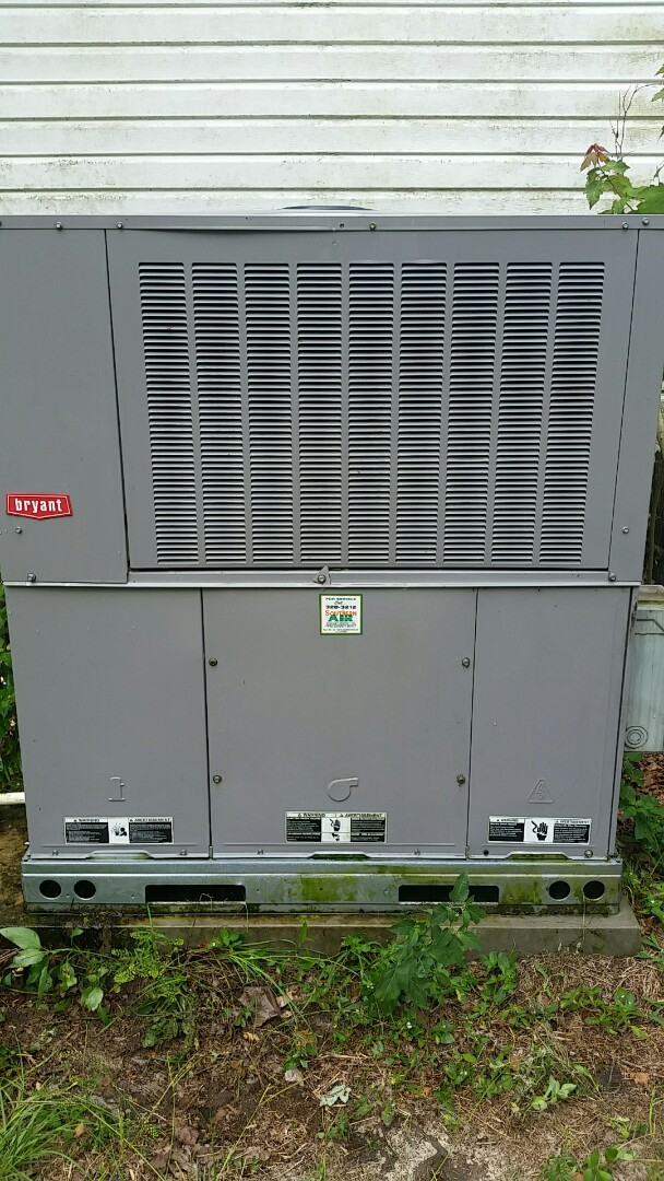 Hawthorne, FL - Heat pump cool mode tune up maintenance on a bryant split system