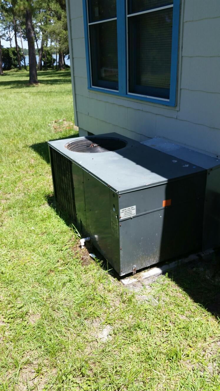 Pomona Park, FL - Service on amana heat pump
