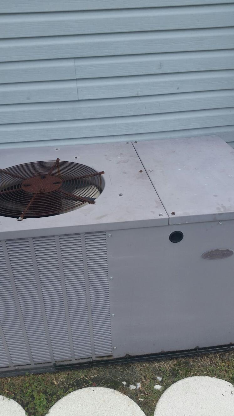 Welaka, FL - Service on carrier heat pump