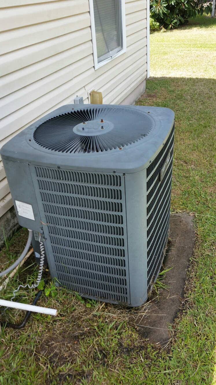Hastings, FL - Service on Goodman heat pump