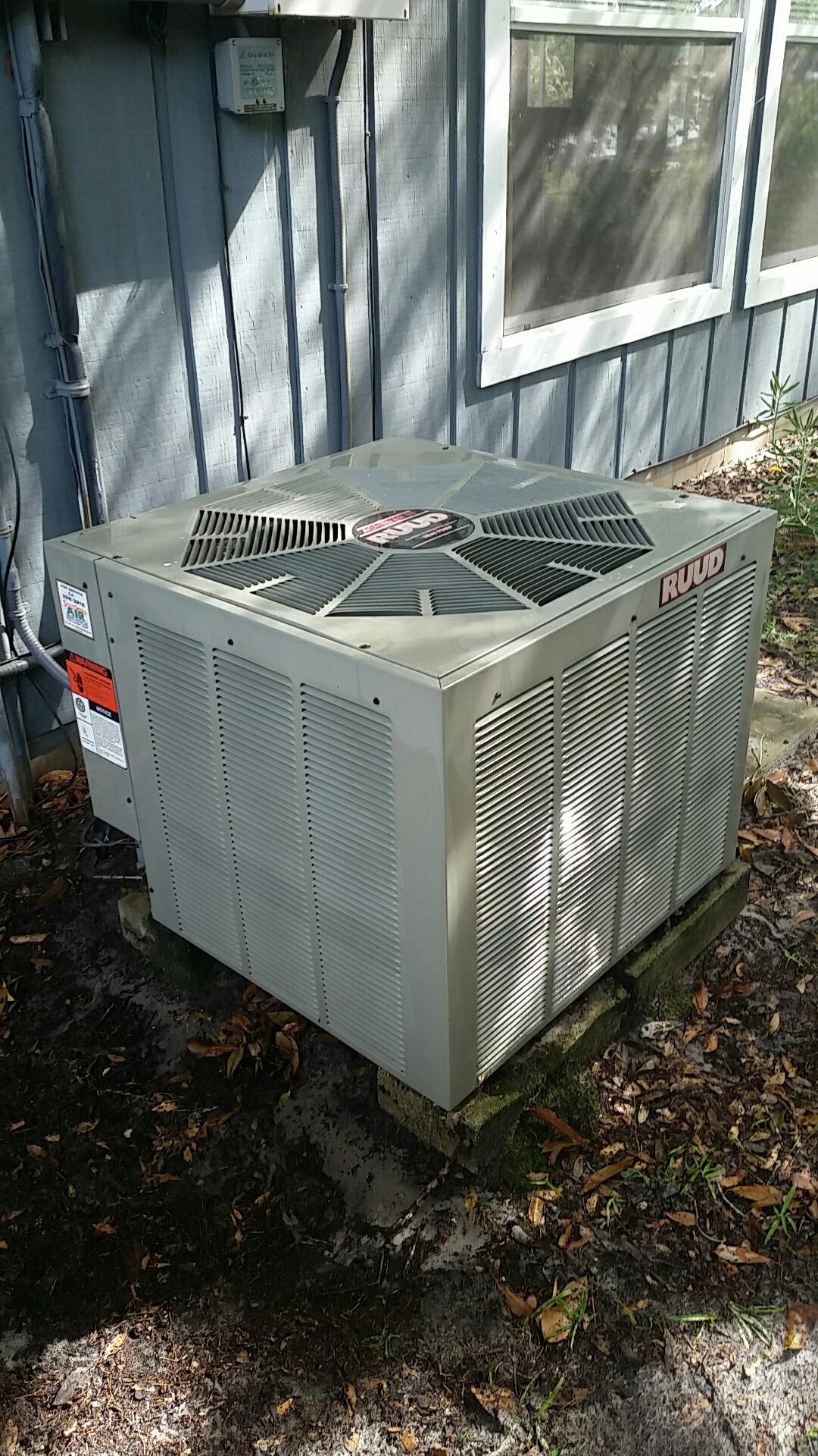 Pomona Park, FL - Maintenance on Ruud split heat pump system