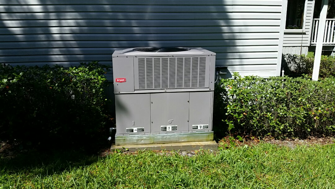 Crescent City, FL - Tune up bryant package heatpump system