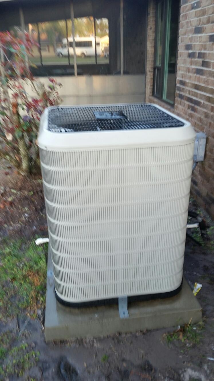 Crescent City, FL - Maintenance on nordyne heat pump